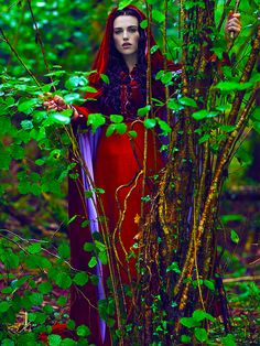 ... Can we take a moment to appreciate Morgana wearing our colors in the middle of the coolest looking forest ever?