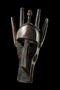 "Hyaena mask ""suruku"" of the ""korè"" society, Mali, Bamana"