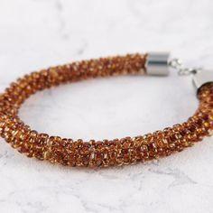 Amber beaded bracelet by mobi handmade  #beading #handmade #handmadejewelry #mobihandmade #bracelet #craw #beadwork #bransoletka #jewellery #jewelery #amber #toho