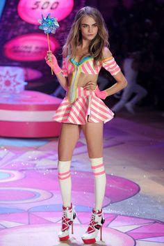 Cara Delevigne @ Victoria's secret fashion show