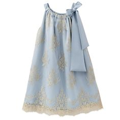Couture dress Faite à la main Made in France Pure silk Calais lace Cotton and silk voile lining Satin bow Sleeveless shape Very flared bottom American neckline Box pleats on the front and in the back - $ 1,049