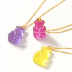 The only thing that could make these Gummy Bear Necklaces by gargle more kawaii is if they were real candy Three colors are available Raspberry Magenta Lemon Yellow and G. Kawaii Jewelry, Kawaii Accessories, Cute Jewelry, Hair Jewelry, Jewelry Box, Jewelry Accessories, Jewlery, Fashion Jewelry, Estilo Indie