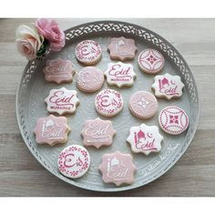 id cookies #eidcookies #aidcookies #eidmubarak #cookies #eid #cakedesig Ramadan Crafts, Ramadan Decorations, Ramadan Sweets, Eid Biscuits, Cookies Et Biscuits, Eid Cookies Recipe, Sugar Cookies, Eid Saeed, Eid Moubarak