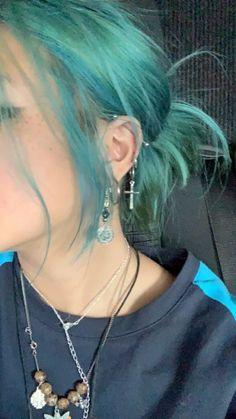 Dye My Hair, New Hair, Hair Dye Colors, Hair Color, Hair Inspo, Hair Inspiration, Aesthetic Hair, Aesthetic Outfit, Scene Hair