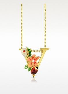 A bright red lady bug and flowers with enamel details craft a nature-inspired backfrop for this enchanting brass 'V'. Hung on a matching brass rolo chain with spring ring closure. Get #freeshipping or save $ 15 to $ 20 off your purchase at FORZIERI with our coupon codes here: www.couponfinder.com/s/87348/FORZIERI-Italia-coupons?xtrnl=pinterest
