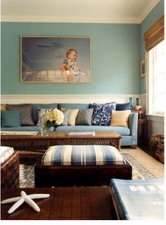 Gorgeous Blues. (from ali wentworth and george stephonopoulis's hamptons home via Kellyandolive)