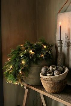 Christmas Trends - Colors, Designs and Ideas - Interior . Christmas Trends - Colors, Designs and Ideas - InteriorZine , Christmas Decorating Trends 2019 / 2020 – Colors, Designs and Ideas - Interior. Christmas Trends, Noel Christmas, Primitive Christmas, Christmas Inspiration, Rustic Christmas, Winter Christmas, Vintage Christmas, Christmas Wreaths, Christmas Crafts
