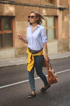 teenvogue, MY SHOWROOM, Priscila Betancort, fashion blogger, bolso camel, camisa rayas, gafas marrones, jersey mostaza, look lady, blog de  ...