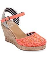 DV8 by Dolce Vita Simonah Platform Wedge Sandals