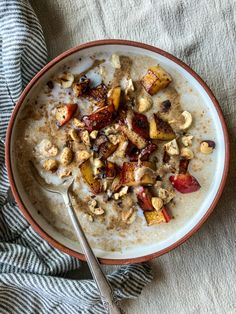 Amaranth Porridge with Buttered Apples & Hazelnuts - Dishing Up the Dirt The Breakfast Club, Breakfast Bowls, Breakfast Recipes, Cooking Time, Apples, A Food, Vegetarian Recipes, Brunch, Nutrition