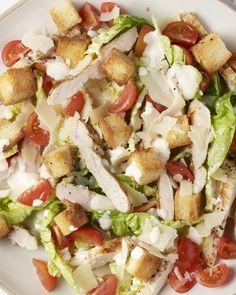 Caesar salade met gegrilde kip Healthy Salads, Healthy Recipes, Juice Plus, Gumbo, Everyday Food, Soups And Stews, No Cook Meals, Cobb Salad, Chicken Recipes