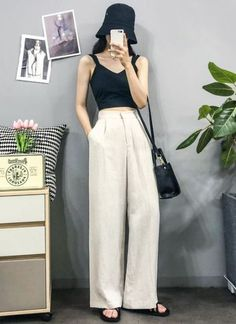 Fashion Minimalist Outfits Inspiration 37 Ideas - Fashion Minimalist Outfits Inspiration 37 Ideas The Effective Pictures We Offer You About - Korean Girl Fashion, Korean Fashion Trends, Korean Street Fashion, Ulzzang Fashion, Korea Fashion, Asian Fashion, Look Fashion, Trendy Fashion, Korea Street Style