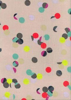 mélange couleurs ternes et vives