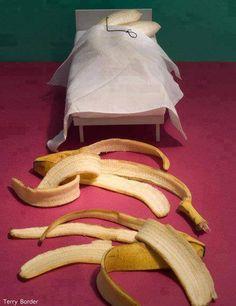 Banana life partner bed banana bark sleeping remove clothes wire Bent art