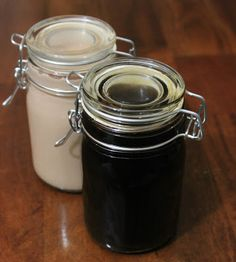 Cooking with Jax: Homemade Kahlua thinking I could save a fortune with this recipe! Homemade Baileys, Homemade Liquor, Homemade Food, Coffee Liqueur Recipe, Fancy Drinks, Yummy Drinks, Alcohol Recipes, Coffee Drinks, Kahlua Recipes