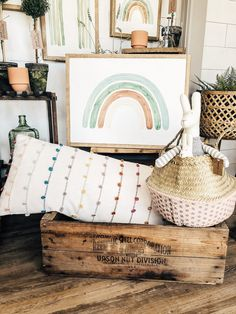 Exceptional farmhouse decor ideas are readily available on our website. look at this and you wont be sorry you did. Girl Decor, Baby Decor, Nursery Decor, Nursery Rugs, Nursery Ideas, Nursery Layout, Nursery Design, Decor Crafts, Diy Home Decor