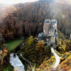 Burg Eltz (Eltz Castle), above the Moselle River between Koblenz and Trier, Germany. www.castlesandmanorhouses.com The Eltz family lived here in the 12th century, 33 generations ago, and still does. About 100 members of the owners' families lived in...