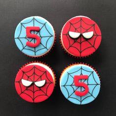 Spiderman Cupcake Toppers, Spiderman Cookies, Spiderman Birthday Cake, 3rd Birthday Cakes, Fondant Cupcake Toppers, Safari Birthday Party, Superhero Cake, 6th Birthday Parties, Birthday Party Decorations