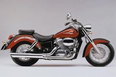 HONDA VT 750 C Shadow (1997 - 1999) In white please!