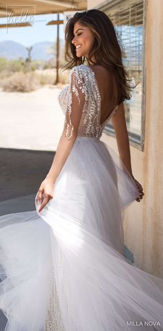 Milla Nova Wedding Dresses 2019 are here! Photographed in quintessential sceneries of the golden state, the collection is truly a California Dream. Wedding Gowns With Sleeves, Wedding Dress Sizes, Used Wedding Dresses, Boho Wedding Dress Bohemian, Fishtail Dress, Wedding Dress Gallery, Minimalist Wedding Dresses, Dress Alterations, Amazing Wedding Dress