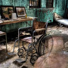 Friends Hospital (insane asylum) cell keys | Party: LA party ...