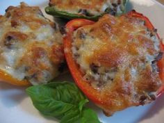 Täytetyt paprikat Vegetable Recipes, Vegetarian Recipes, Healthy Recipes, Healthy Food, Pork Recipes, Cooking Recipes, Side Dishes, Good Food, Food And Drink