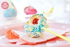 Cake Pop mit Himbeerfüllung