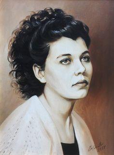 Женский портрет выполнен масляными красками на холсте в технике гризайль