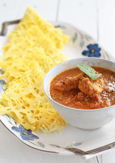 Roti Jala & Kuah Kacang Ayam (Fishnet Crepe with Peanut Sauce Chicken)