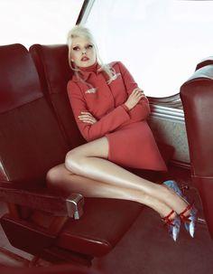 Groupie Tour in Vogue China with Ola Rudnicka wearing Carven,Miu Miu - - Fashion Editorial Sixties Fashion, Red Fashion, High Fashion, Fashion Beauty, Vintage Fashion, Womens Fashion, Miu Miu, Vogue China, Moda Emo