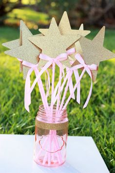 Pink and Gold Princess star wands with bows - set of 8                                                                                                                                                                                 More