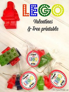 Lego Valentines and free printable + recipe to make edible Legos. Such a fun craft for Valentine's Day.