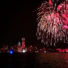 Pin for Later: The Ultimate Dating Bucket List Watch Fourth of July Fireworks Over the Charles River in Boston