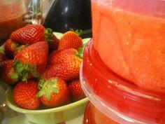 OUR RECIPE GARDEN: Strawberry Freezer Jam