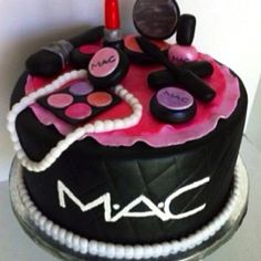 I need this cake for my next bday!