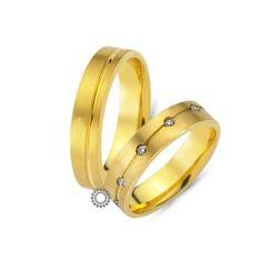Μοντέρνες βέρες γάμου CHRILIA 37 σε ματ φινίρισμα τετραγωνισμένες με διαμάντια διαγώνα στη γυναικεία βέρα | Κοσμηματοπωλείο ΤΣΑΛΔΑΡΗΣ στο Χαλάνδρι #βερες #γάμου #wedding #rings #Chrilia #tsaldaris Love Bracelets, Cartier Love Bracelet, Bangles, Wedding Rings, Engagement Rings, Jewelry, Bracelets, Enagement Rings, Jewlery
