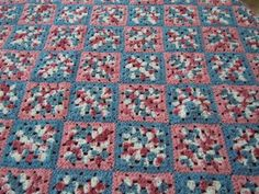 granny square afghan pattern Another potential use of variegated yarn...