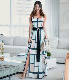 Opção 2 Cute Dresses, Beautiful Dresses, Summer Dresses, Hot Outfits, Elegant Outfit, Couture Fashion, Strapless Dress Formal, Fashion Dresses, Clothes
