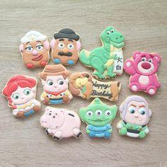 #icing #icingcookies #cookies #cookieart #customcookies #decoratedcookies #toystory #toystorycookies #birthday #birthdaycookies