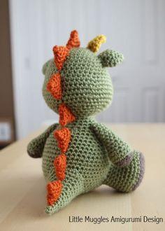 Amigurumi Crochet Pattern Spike the Dragon por littlemuggles