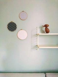 Der Frühling ist da und weckt neue Kreativität: In der letzten Woche begeisterten wir uns wieder für viele neue DIY-Projekte aus der SoLebIch Community, darunter tolle Ideen für die Frühlingsdeko. Am heutigen DIYnstag zeigen wir vertikale Gärten und andere schöne Dekoobjekte für die Wand, DIY-Wohntextilien für einen gemütlichen März und auch wieder tolle, selbst gebaute Möbel. Lasst euch inspirieren und werdet kreativ!#1 - Schwebende Gärten mit LouisianamoosMitglied Mammilade zeigt einen…