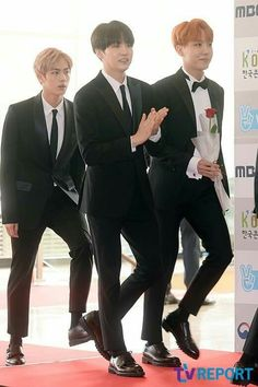 161027 #BTS at the Red Carpet of 2016 Korean Popular Culture and Arts Awards || #BloodSweatTears | #SUGA #JHope #Jin