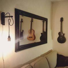 Home. #busterandpunch #lamp #loveit #sofa #chill #home #guitar #mirror #cosy #guitars #hem #gitarr #inspiration #inredning #exterior #design #live #love #smile #rock