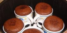 nutella mug cake Real Food Recipes, Cake Recipes, Dessert Recipes, Yummy Food, Cooking Recipes, Chocolate Pastry, Chocolate Desserts, Cake Cookies, Cupcake Cakes