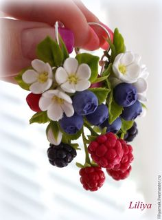 """Купить Серьги """"Вкус лета"""" - разноцветный, ягоды из полимерной глины, малина, ежевика, черника"""