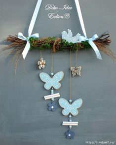 Window hangers Window decoration Freshness in light blue by Deko-Idee Eolion on DaW Hobbies And Crafts, Diy And Crafts, Deco Champetre, Christmas Decorations, Christmas Ornaments, Easter Wreaths, Wooden Crafts, Diy Wreath, Easter Crafts