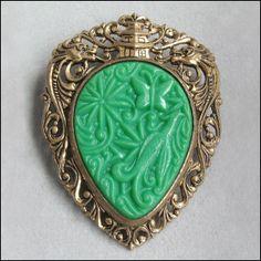 Vintage Faux Jade Asian Theme Brooch Pin, Pendant, Oriental