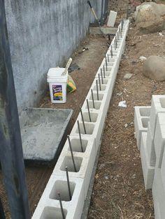 Build a mortarless concrete stem wall – Artofit The Best Building Stone Retaining Walls Ideas - Enjoy Your Time Backyard Retaining Walls, Garden Retaining Wall, Concrete Retaining Walls, Concrete Footings, Stone Retaining Wall, Sloped Backyard, Backyard Landscaping, Landscaping Ideas, Concrete Block Walls