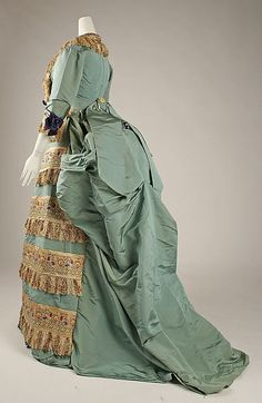 Dress (Ball Gown)  House of Worth  (French, 1858–1956)    Designer:      Charles Frederick Worth (French (born England), Bourne 1825–1895 Paris)  Date:      ca. 1872