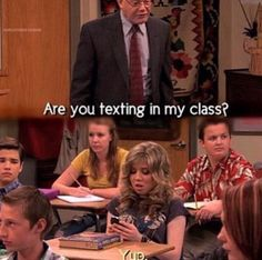 This describes me in class so perfectly. Victorious Nickelodeon, Icarly And Victorious, Victorious Quotes, Funny Cute, Really Funny, Hilarious, Stupid Funny Memes, Funny Posts, Funny Stuff